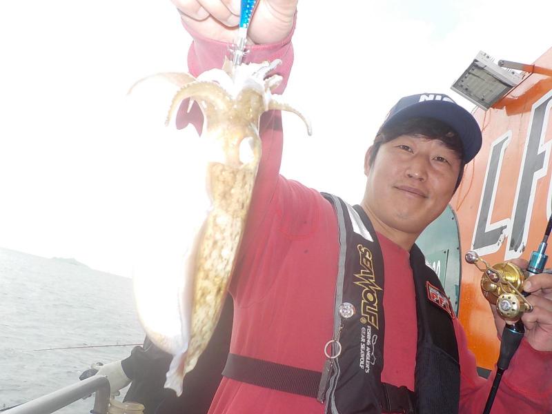 10월5일 갑오징어 조황~~(영흥도나이스호 밴친데이) ~다녀 왔습니다~~