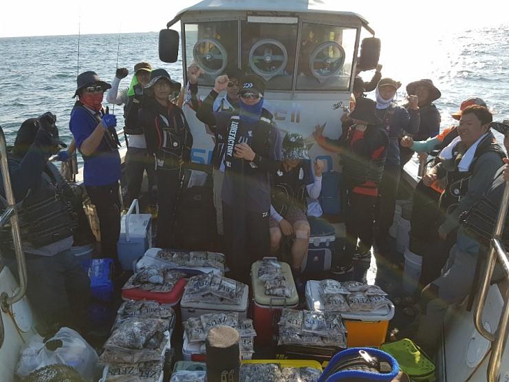 서해바다 대천항 제우스2호 9월 24일  쭈꾸미 조행기입니다