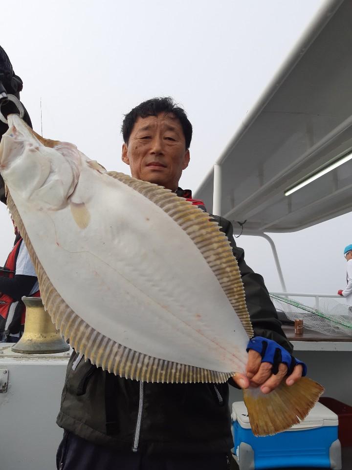 """에이스호 7 . 17 (수) 무창포프로낚시 """"대광어사냥꾼"""" 에이스호 광어 다운샷 조황보고.."""