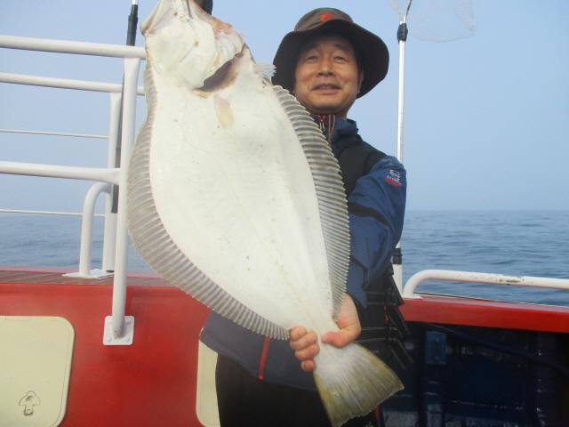 6월 8일 8짜대광어 축하드립니다.