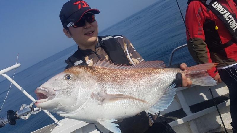 5월14일 빅마린호 80cm/8kg 참돔