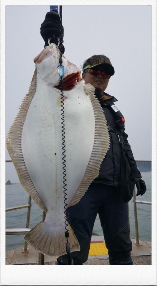 17년 4월 25일 정우아버지님 75cm 대광어 축하드립니다.