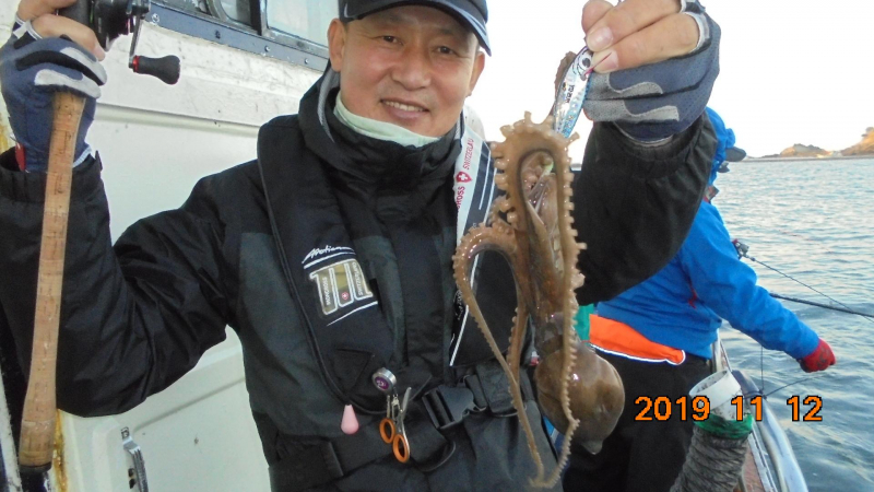 정원호 / 정원낚시 11월 12일 갑오징어 조황 입니다.